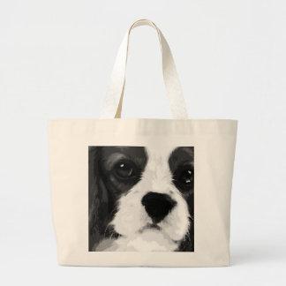 Grand Tote Bag Un épagneul de roi Charles cavalier noir et blanc