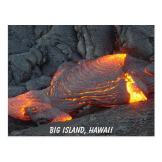 Grande carte postale d'écoulement de lave d'île
