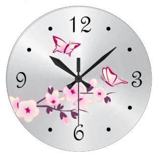 Grande Horloge Ronde Argent de fleurs de cerisier de papillons