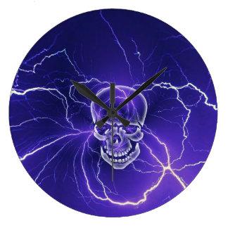 Grande Horloge Ronde Bleu gothique de foudre d'os de crâne d'imaginaire