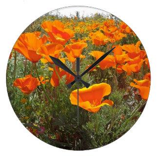 Grande Horloge Ronde Champ orange de pavot des fleurs