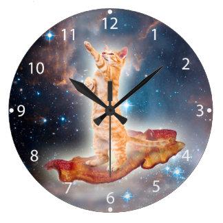 Grande Horloge Ronde Chat surfant de lard dans l'univers