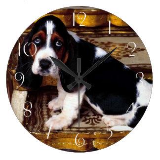 Grande Horloge Ronde Chiot de Basset Hound