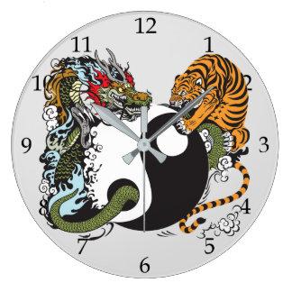Grande Horloge Ronde combat de dragon et de tigre