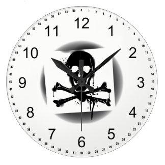 Grande Horloge Ronde Crâne de drapeau de pirate et jolly roger d'os