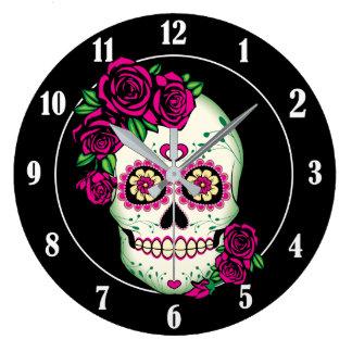 Grande Horloge Ronde Crâne de sucre avec des roses