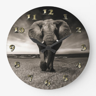Grande Horloge Ronde Éléphant sur la course
