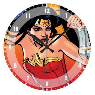 Grande Horloge Ronde Femme de merveille avec l'épée - joignez le combat