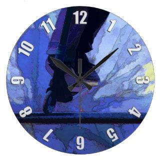 Grande Horloge Ronde Filez Booter - illustration de scooter de cascade