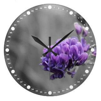 Grande Horloge Ronde Fleur pourpre de luzerne