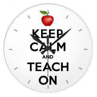 Grande Horloge Ronde Gardez le calme et l'enseignez dessus