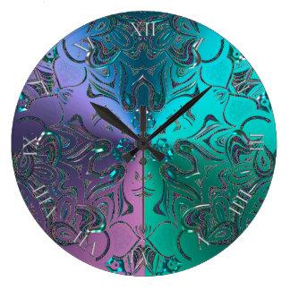 Grande Horloge Ronde Gradient métallique Hued de cool orné de bijoux de