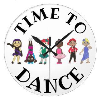 Grande Horloge Ronde Heure de danser l'école de studio d'Acro de jazz