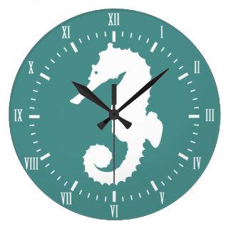 Grande Horloge Ronde Hippocampe blanc côtier et nom vert de chiffres