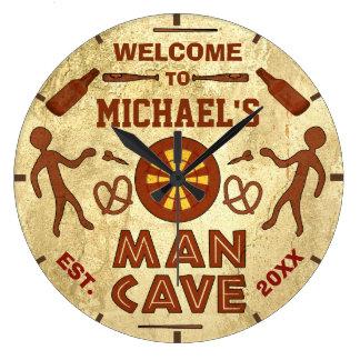 Grande Horloge Ronde La caverne drôle d'homme avec de la bière folâtre