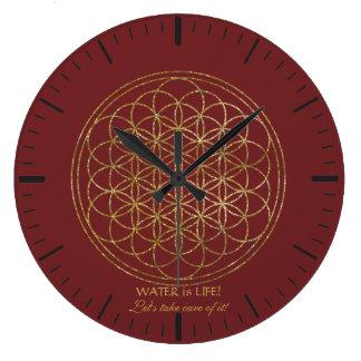 Grande Horloge Ronde La fleur chic d'or de l'EAU de la vie est la VIE