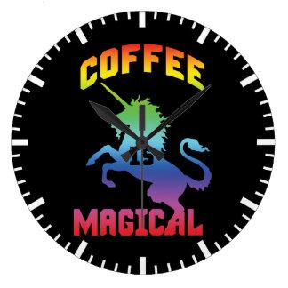 Grande Horloge Ronde Le café est magique - licorne drôle de caféine de