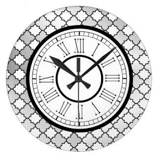 Grande Horloge Ronde Motif argenté élégant de Quatrefoil
