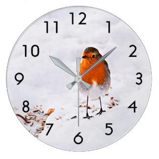 Grande Horloge Ronde Oiseau mignon de Robin dans la neige