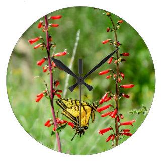 Grande Horloge Ronde Papillons et fleurs sauvages