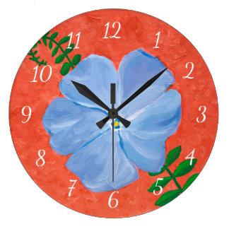Grande Horloge Ronde Peinture bleue de fleur de vigne de Vinca sur la