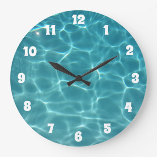 Grande Horloge Ronde Piscine