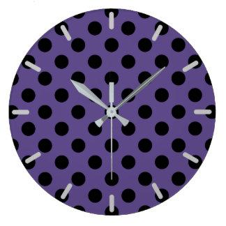 Grande Horloge Ronde Pois noir sur l'ultraviolet