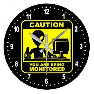 Grande Horloge Ronde Précaution ! vous êtes surveillés