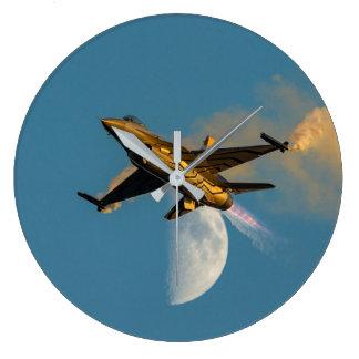 Grande Horloge Ronde Vol de F-16 de tempête de neige par l'horloge de