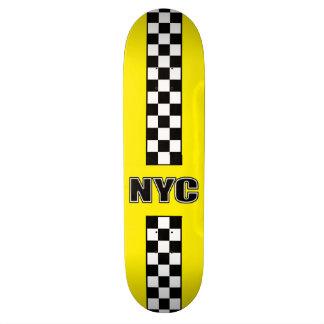 Grande planche à roulettes jaune skateboards