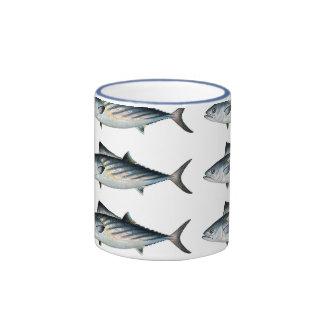 Grande tasse de thon de bonito