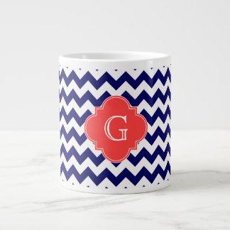 Grande Tasse Monogramme de corail de Quatrefoil de zigzag blanc