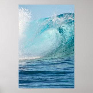 Grande vague de l'océan pacifique cassant poster