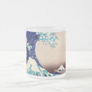 Grande vague outre des beaux-arts vintages mug en verre givré