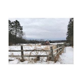Grange rouge en hiver sur la toile