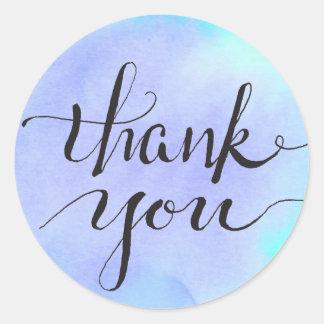 Gratitude bleue violette d'aquarelle sticker rond