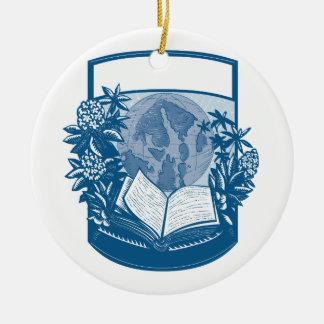 Gravure sur bois en livre d'île d'orques de ornement rond en céramique
