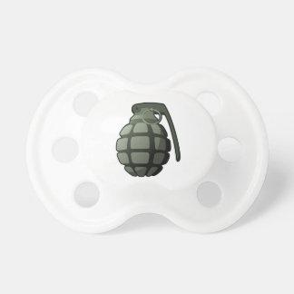 Grenade de guerre tétine pour bébé