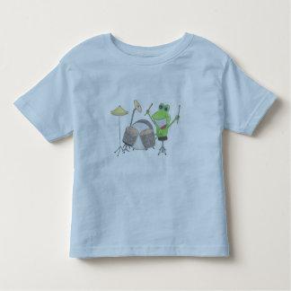 Grenouille drôle jouant des tambours t-shirt pour les tous petits