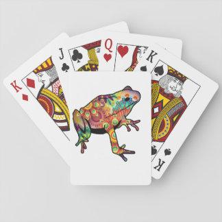 Grenouille orientée psychédélique jouant la cartes à jouer