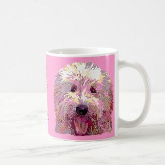 Griffonnage en brillant la tasse de café rose de