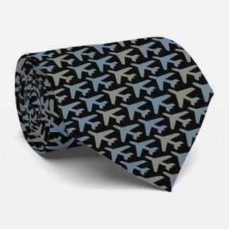 Gris d'Armani de cravate d'avion sur le noir