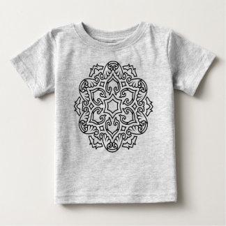 Gris de T-shirt de concepteurs avec le mandala