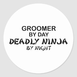 Groomer Ninja mortel par nuit Autocollant Rond