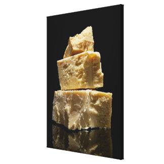 Gros morceaux empilés de fromage de Parmasean Toiles