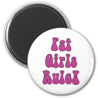 Grosse règle de filles ! Aimant