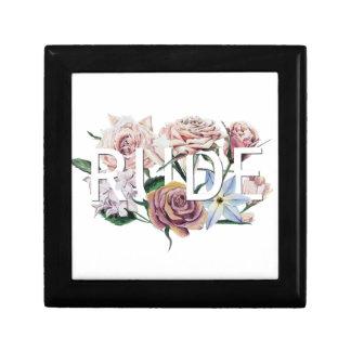 Grossier floral boîte à souvenirs