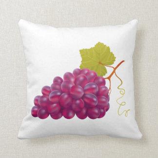 Groupe délicieux de raisins rouges coussins carrés