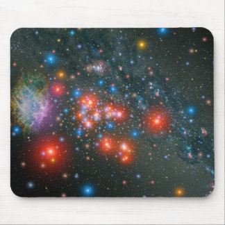 Groupe géant superbe rouge tapis de souris