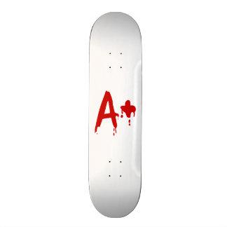 Groupe sanguin A+ Hôpital positif de Horror Skateboards Customisés